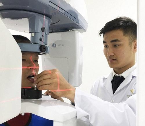 cấy ghép răng implant có ảnh hưởng gì không 2