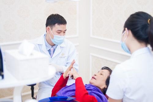 giá cả trồng răng implant 3