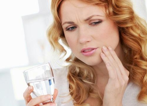 trồng răng hàm implant 2