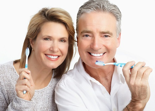chăm sóc răng sau trồng răng implant