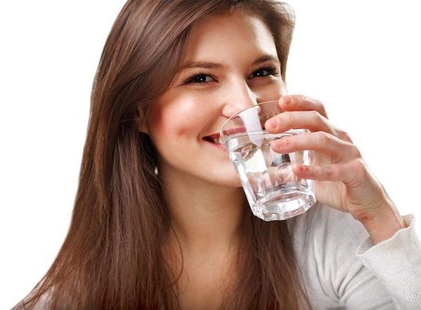 khô miệng và cách điều trị
