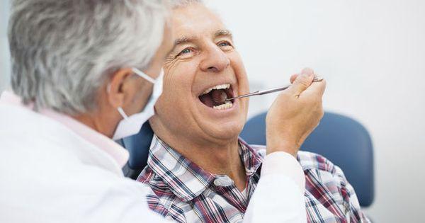 Cắm răng Implant cho người cao tuổi